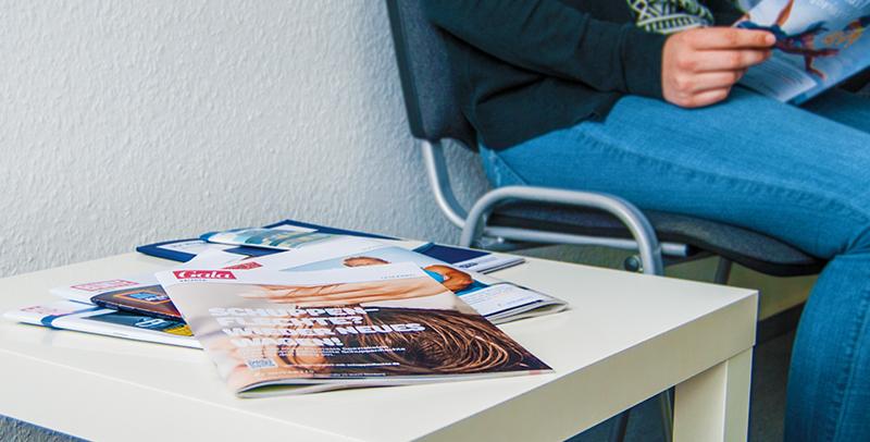 Lesezirkel-Top-Cover - Informationskampagne Novartis im Wartezimmer