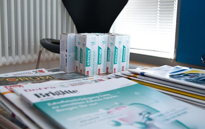 elmex im Wartezimmer von Zahnarztpraxen