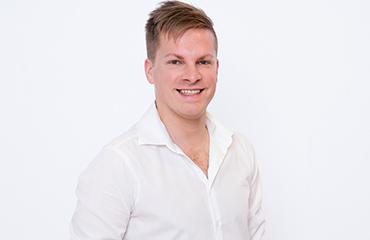 Ansprechpartner: Christian Hombrecher - Back-Office Becker+Stahl GmbH